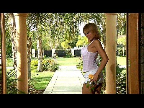 http://img-l3.xvideos.com/videos/thumbslll/de/34/11/de34114c8197c8682451a4cd1f093403/de34114c8197c8682451a4cd1f093403.2.jpg