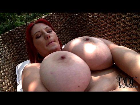 voluptuous naked women sex