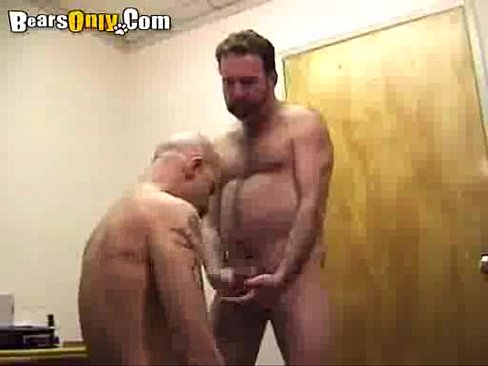 Muscle Daddies Chowing Down Cocks