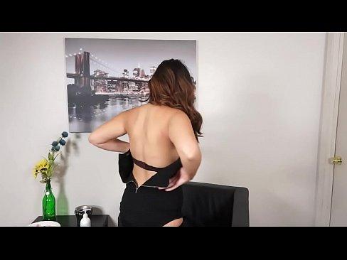 Silvia rubi masturbandose en el sev 2013 - 1 6