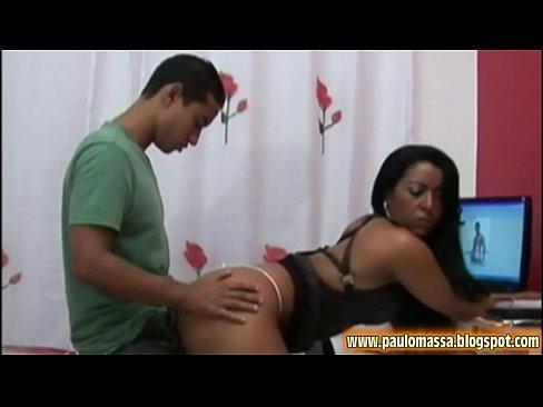 Joyce Oliveira fodendo gostoso em casa dando o cu e a buceta