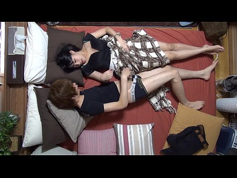 素人カップル!彼がハメ撮り投稿する為、部屋に隠しカメラを仕込み、グラマー美人の彼女とのセクースを撮影した、エロ動画・・・