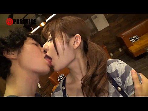 【無料エロ動画】大島美緒が焼肉屋のSHOP店員だった頃に出演した『激...