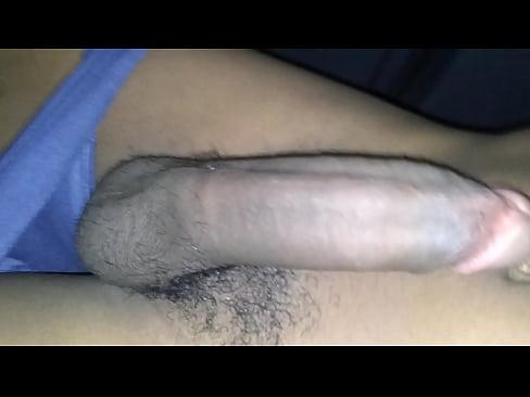 Gay - Moreno Dotado Mostrando Seu Pau Delicioso
