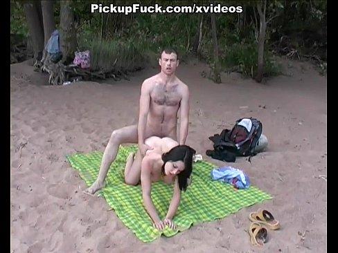http://img-l3.xvideos.com/videos/thumbslll/e5/7e/19/e57e198c7779723e9f50ca80299515dd/e57e198c7779723e9f50ca80299515dd.24.jpg