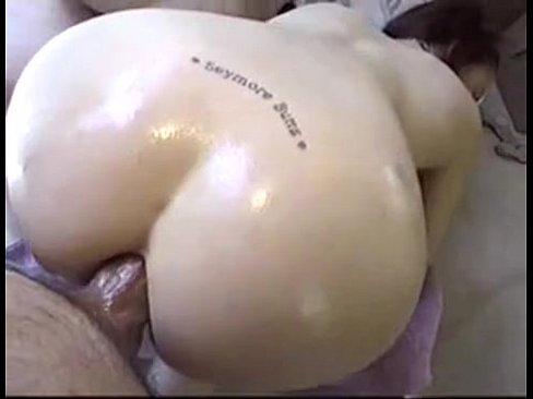 Puta gozando gostoso no sexo anal