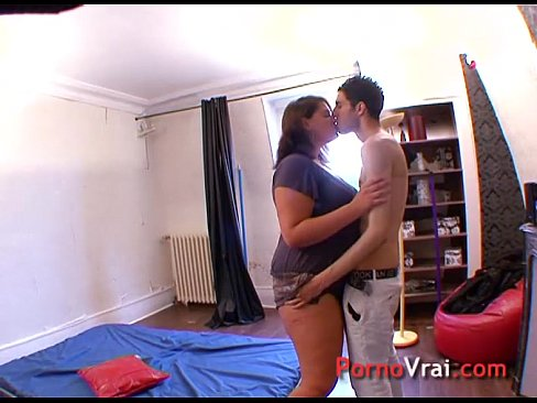 http://img-l3.xvideos.com/videos/thumbslll/e9/b1/40/e9b140a1b5285d946d5861cd003e4ea1/e9b140a1b5285d946d5861cd003e4ea1.3.jpg
