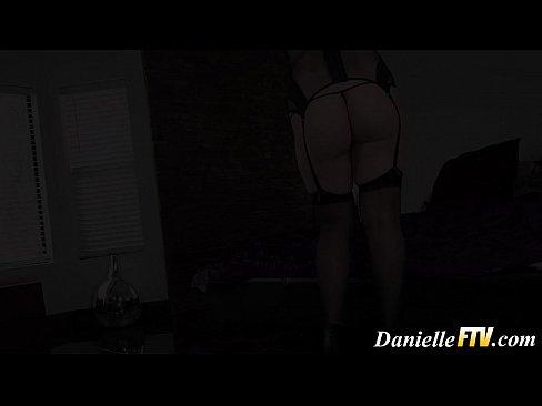 Novinha De Lingerie No Porno Star