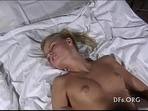Порно рвущие целки фото 138-589