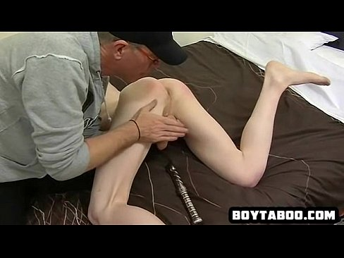 Vibrator ass Guy in the