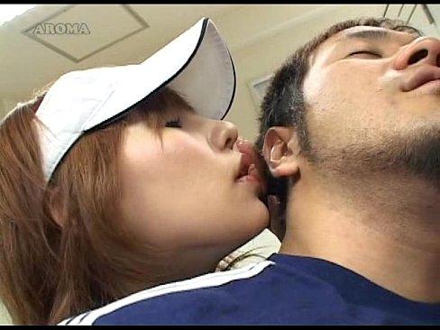【後ろから犯されるのは気持ちいの】痴女マネージャの背面手コキ耳元で優しく言葉責めしながら乳首を刺激