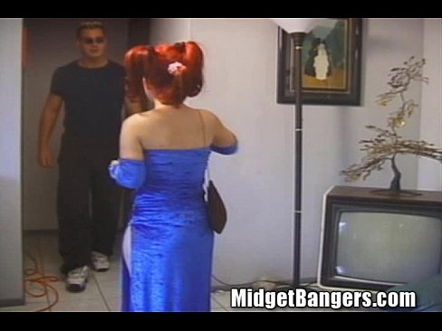 Twidget The Midget Gets Caught Turning Se ...