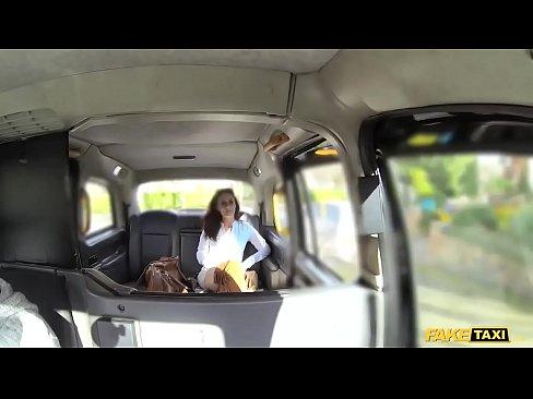 Taxista fazendo sexo  anal bruto