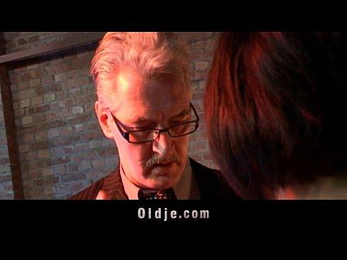 http://img-l3.xvideos.com/videos/thumbslll/f1/54/df/f154df312d7e93118953e82e23832f86/f154df312d7e93118953e82e23832f86.10.jpg