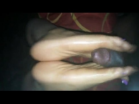 ebony foot job thicksoles