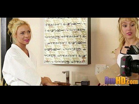 видео ебля зрелых дам и женщин