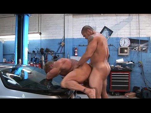 Free porn videos tranny