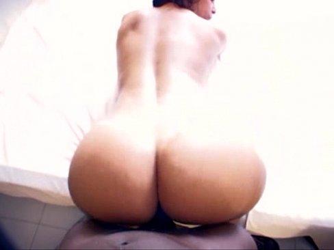 Delanie Delicious booty