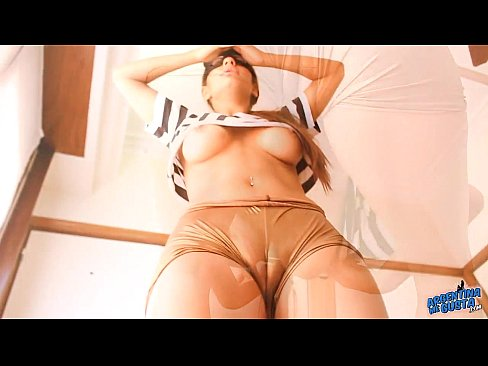 Las Tetas Mas Perfectas De Todas – Porno Argentino