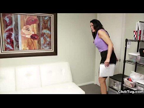 clubtug-Hot milf handjob at the office