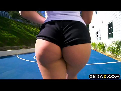 Big White Booty Teen Fucks Her Trainer