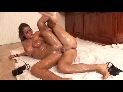 Порно фото онлайн в масле