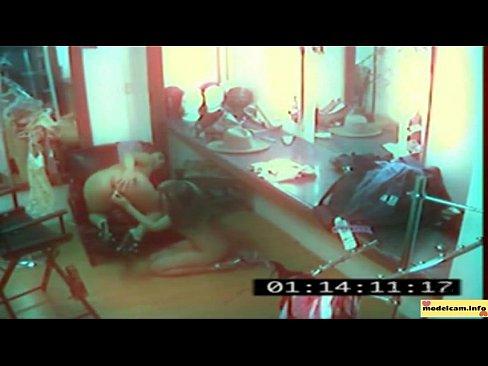 секс снятый камерами наблюдения онлайн