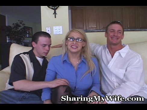 http://img-l3.xvideos.com/videos/thumbslll/fe/b6/83/feb683793835696433a8fcf99393648a/feb683793835696433a8fcf99393648a.5.jpg