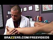 Paciente peituda gostosa dando pro medico
