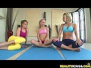 Lesbicas taradinhas transam na aula de ioga