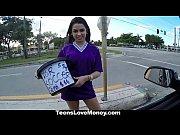 Prostituta peituda metendo no carro