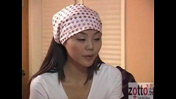 Asiatica Imparte Pula Sotului Ei Cu Mama Ei Vitrega Si Curva