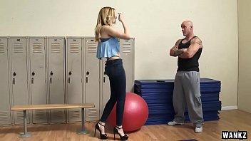 Alexa Grace in panties gets fucked in the gym