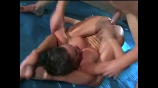 amateur squirting lesbians