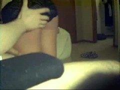 Ζευγαρί καταγράφει τσιμπούκι και σεξ με το κινητό του