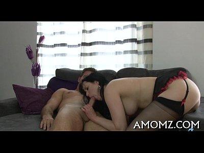 Wicked mama olas para conseguir el orgasmo