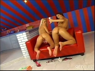 Dos calientes y sexys lesbianas