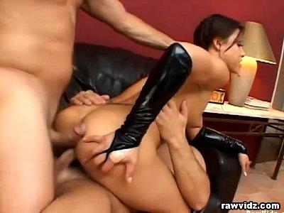Teen ass gaping girl