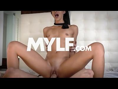 exxxtrasmall -pequeño paso hermana follada por el hermano!