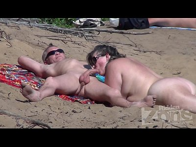 nude beach blowjob