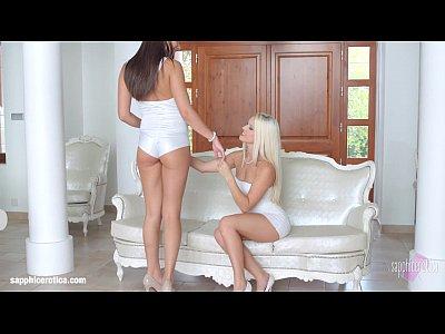 http://img-l3.xvideos.com/videos/thumbsll/e3/10/56/e31056b759f9f4768a77b55f40a0026d/e31056b759f9f4768a77b55f40a0026d.4.jpg