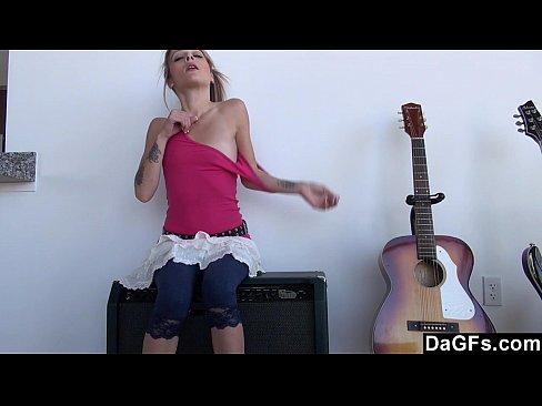 http://img-l3.xvideos.com/videos/thumbslll/00/2e/1b/002e1ba33598bf94f9db8349d84b5c26/002e1ba33598bf94f9db8349d84b5c26.2.jpg