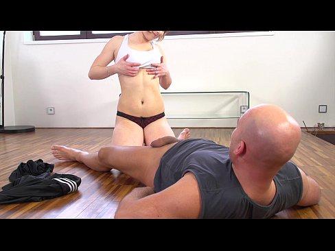 http://img-l3.xvideos.com/videos/thumbslll/00/3e/ec/003eec2272e084d134e6e46421e5b5b5/003eec2272e084d134e6e46421e5b5b5.5.jpg