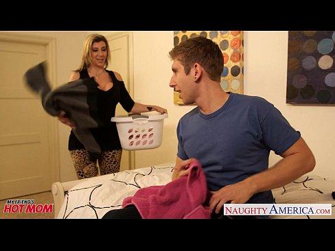 http://img-l3.xvideos.com/videos/thumbslll/00/b3/2a/00b32acfec51c2e64ca6b915bebb4eb9/00b32acfec51c2e64ca6b915bebb4eb9.2.jpg