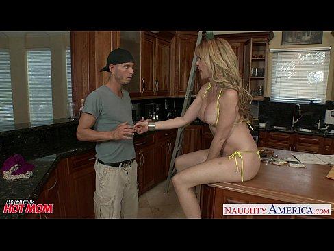 http://img-l3.xvideos.com/videos/thumbslll/01/31/5c/01315c0bf15d6a8ac56b29d1a8404214/01315c0bf15d6a8ac56b29d1a8404214.5.jpg