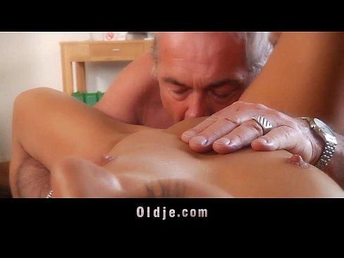 http://img-l3.xvideos.com/videos/thumbslll/02/55/a0/0255a04dc40c23dc81b043f5b1f42cfb/0255a04dc40c23dc81b043f5b1f42cfb.14.jpg