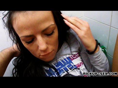 http://img-l3.xvideos.com/videos/thumbslll/02/cb/91/02cb91f0a2918ce1bfc14b169ab5446f/02cb91f0a2918ce1bfc14b169ab5446f.26.jpg