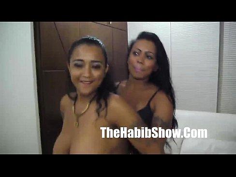 http://img-l3.xvideos.com/videos/thumbslll/08/fe/dd/08feddf8a09efdda5c9bfa7effeec8ff/08feddf8a09efdda5c9bfa7effeec8ff.24.jpg