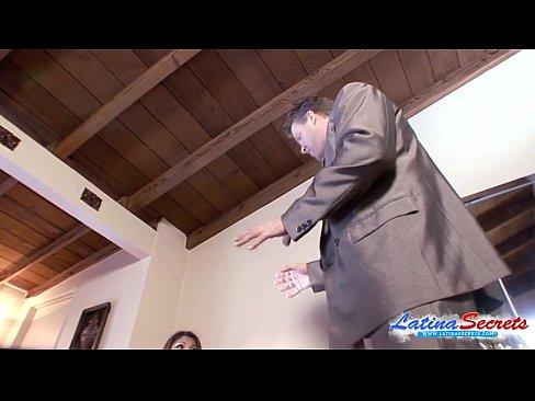 http://img-l3.xvideos.com/videos/thumbslll/09/af/db/09afdbb64d7280816e43283e5b64dc66/09afdbb64d7280816e43283e5b64dc66.5.jpg