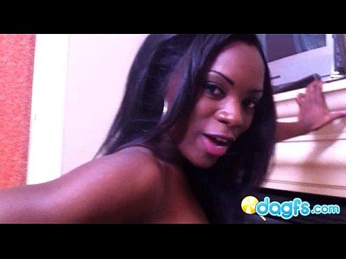 http://img-l3.xvideos.com/videos/thumbslll/0d/71/d0/0d71d05f9aa7ce57ec1c536b86c58129/0d71d05f9aa7ce57ec1c536b86c58129.14.jpg